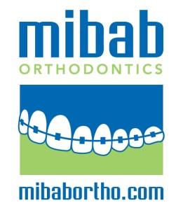 Small Teeth Logo